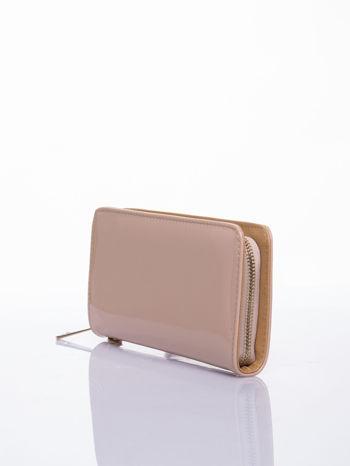 Kremowy lakierowany portfel z odpinanym złotym łańcuszkiem                                  zdj.                                  2
