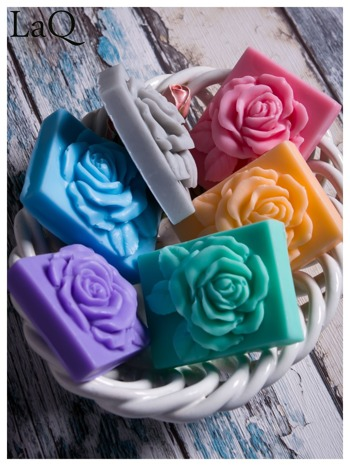 LaQ Mydełko Róża w prostokącie - niebieski / Zapach - wata cukrowa BEZ SLS i SLES                              zdj.                              3