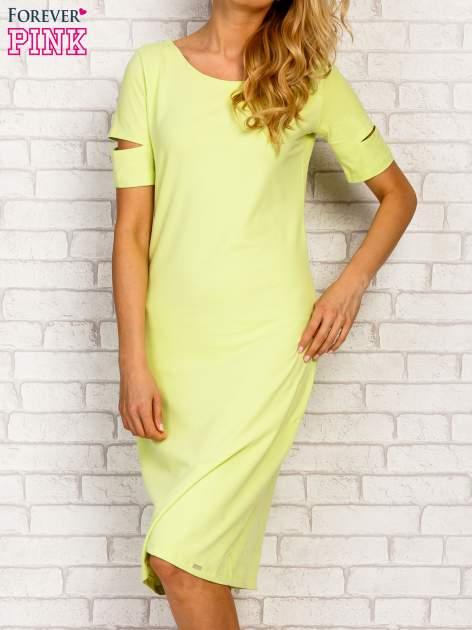 Limonkowa sukienka z rozcięciami na rękawach                                  zdj.                                  1