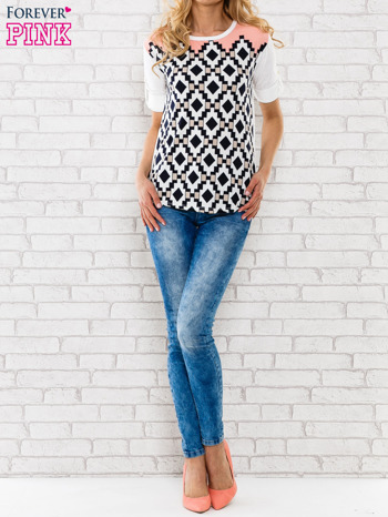 Łososiowa bluzka w azteckie wzory                                  zdj.                                  2