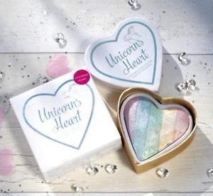 MAKEUP REVOLUTION Rozświetlacz wypiekany Unicorns Heart Baked Highlighter 10g                              zdj.                              4
