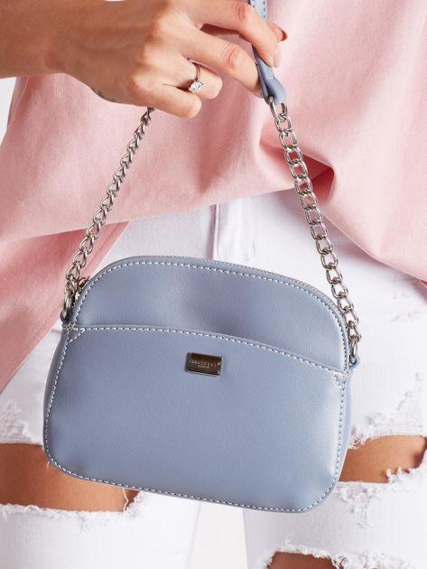 Mała jasnoniebieska torebka