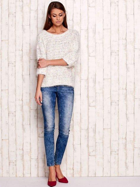 Melanżowy włochaty sweter z podwijanymi rękawami                                  zdj.                                  4