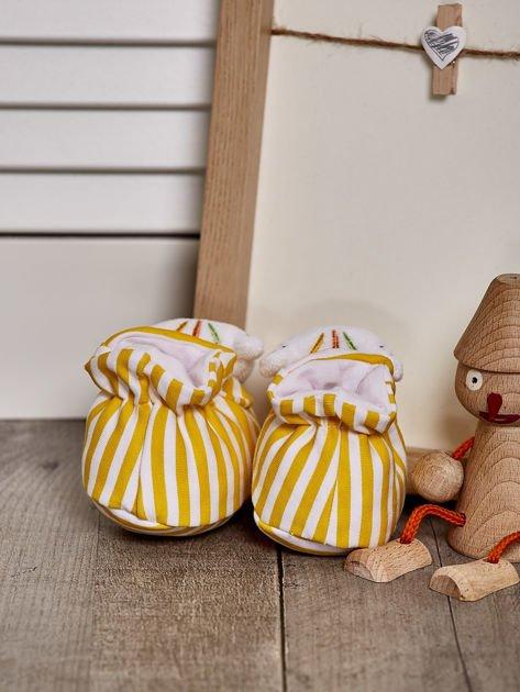 Miękkie buciki dziecięce w paski z ozdobnym kotkiem żółte                              zdj.                              3