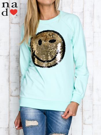 Miętowa bluza z dwustronną naszywką z cekinów                                  zdj.                                  5