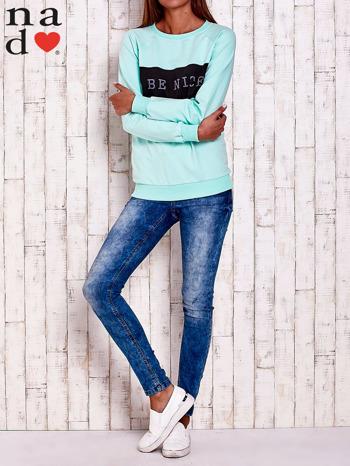 Miętowa bluza z napisem BE NICE                                  zdj.                                  2