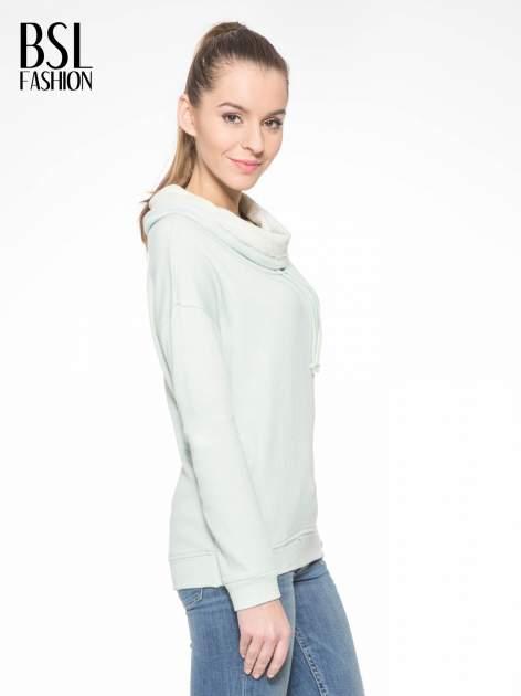 Miętowa długa bluza ze ściąganym kapturokominem                                  zdj.                                  3