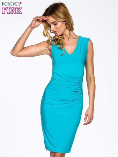 Miętowa sukienka z drapowaniem