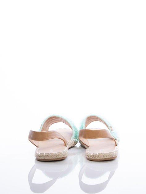 Miętowe sandały z ozdobnym frędzelkowym przodem                              zdj.                              3