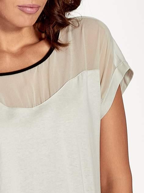 Miętowy t-shirt z siateczkową górą i kontrastową lamówką                                  zdj.                                  4