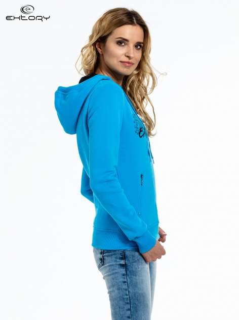 Niebieska bluza sportowa z kapturem i koronką                                  zdj.                                  3
