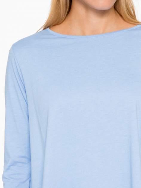 Niebieska bluzka o rozkloszowanym kroju z rękawem 3/4                                  zdj.                                  6