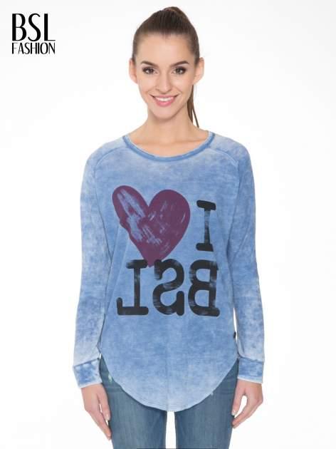 Niebieska bluzka z nadrukiem I LOVE BSL i efektem sprania                                  zdj.                                  1