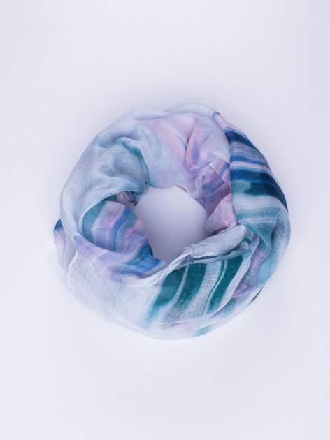 Niebieska chustka w nieregularne paski                                  zdj.                                  1