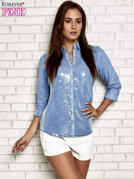 Niebieska denimowa koszula z aplikacją z cekinów                                  zdj.                                  5