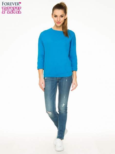 Niebieska gładka bluzka z luźnymi rękawami 3/4                                  zdj.                                  2