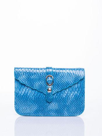 Niebieska kopertówka z motywem skóry krokodyla                                  zdj.                                  1