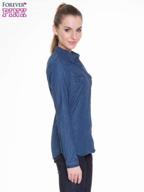 Niebieska koszula jeansowa z kieszeniami na guziki                                  zdj.                                  3