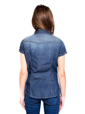 Niebieska koszula jeansowa z krótkim rękawem                                  zdj.                                  4