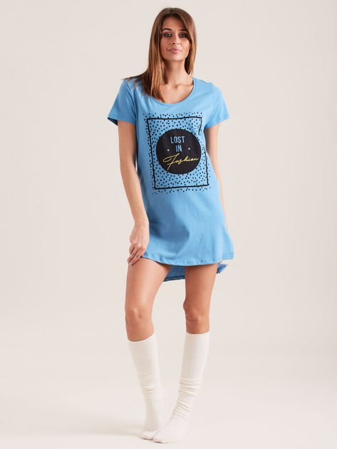 Niebieska koszula nocna z nadrukiem                              zdj.                              4