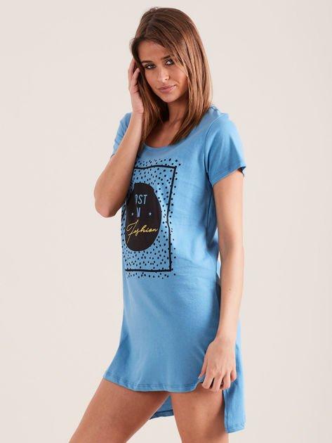 Niebieska koszula nocna z nadrukiem                              zdj.                              3