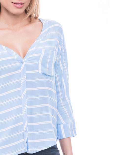 Niebieska koszula w paski z rękawem 3/4                                  zdj.                                  5