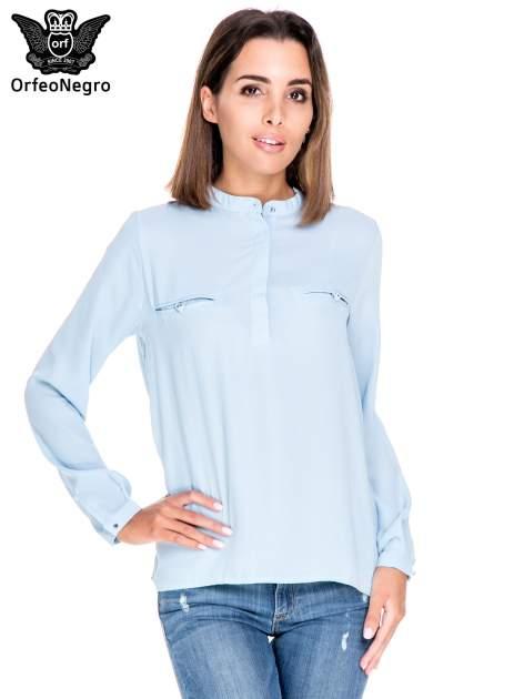 Niebieska koszula ze stójką i kieszonkami na guziczki