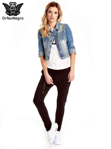 Niebieska kurtka jeansowa damska z przetarciami                                  zdj.                                  7