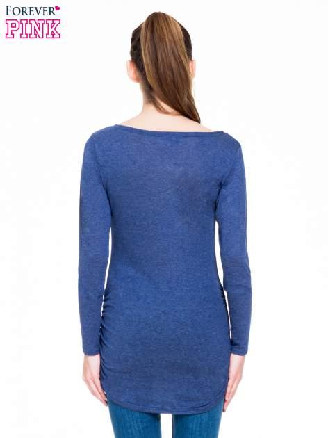 Niebieska melanżowa bluzka tunika z marszczonym dołem                                  zdj.                                  4