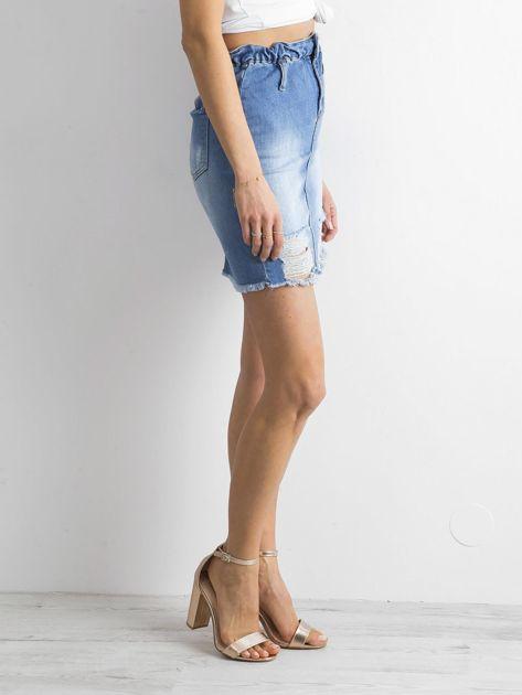 Niebieska spódnica jeansowa z przetarciami                              zdj.                              3