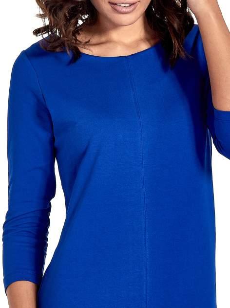 Niebieska sukienka ze złotymi suwakami                                  zdj.                                  6
