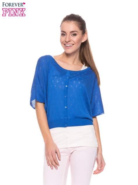 Niebieski ażurowy sweterek z krótkim rękawem                                  zdj.                                  1
