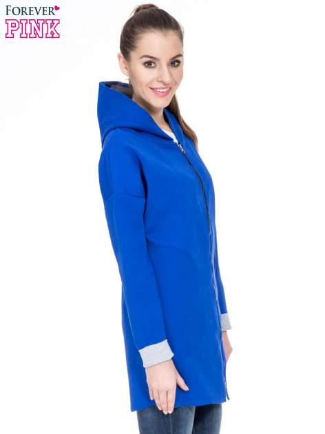 Niebieski dresowy płaszcz oversize z kapturem                                  zdj.                                  3