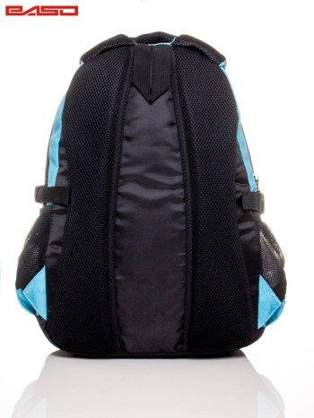 Niebieski plecak szkolny z naszywką                              zdj.                              4