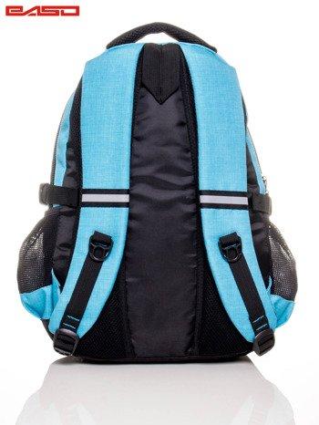 Niebieski plecak szkolny z naszywką                              zdj.                              5