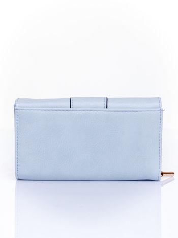 Niebieski portfel z ozdobnym zapięciem                                  zdj.                                  2