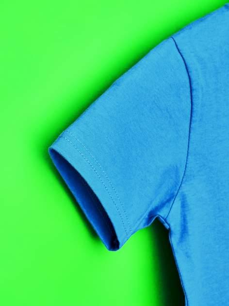Niebieski t-shirt chłopięcy z nadrukiem MUPPETY                                  zdj.                                  6
