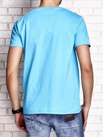 Niebieski t-shirt męski z nadrukiem mostu i napisem CALIFORNIA 66