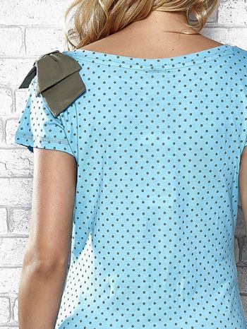 Niebieski t-shirt z kokardą na ramieniu Funk n Soul                                  zdj.                                  6