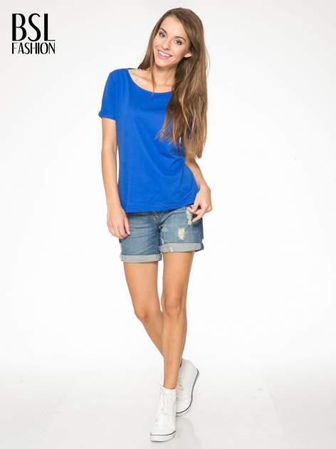 Niebieski t-shirt z numerkiem 10 na plecach i rękawie                                  zdj.                                  6