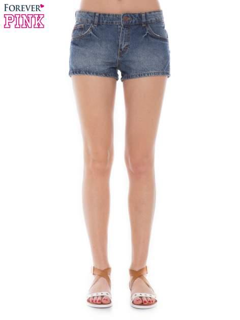 Niebieskie jeansowe szorty z efektem sprania