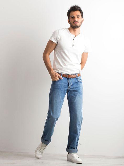 Niebieskie jeansy męskie regular fit                              zdj.                              4