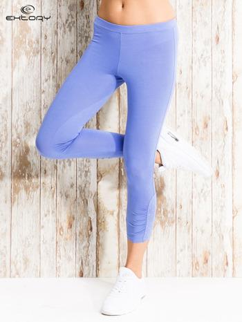 Niebieskie legginsy sportowe z aplikacją z dżetów na nogawkach                                  zdj.                                  1