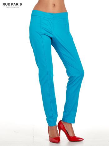 Niebieskie spodnie cygaretki w kant                                  zdj.                                  1