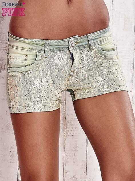 Niebieskozielone szorty jeansowe z koronką                                  zdj.                                  1