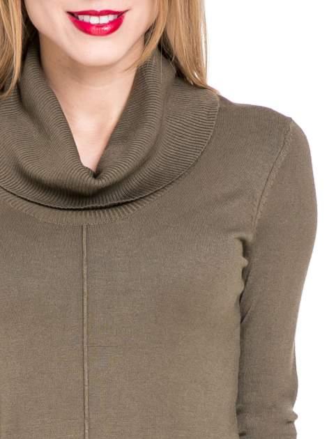 Oliwkowa swetrowa sukienka z golfem                                  zdj.                                  5