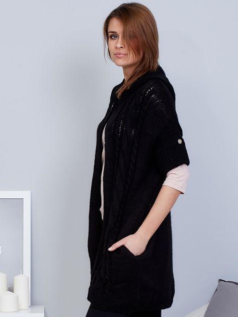 Otwarty sweter z warkoczowym wzorem i kapturem czarny                              zdj.                              3