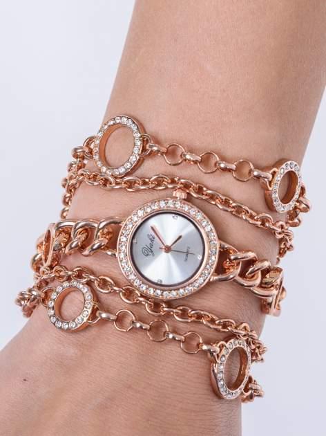 Owijany zegarek damski na łańcuszku z różowego złota                                  zdj.                                  1