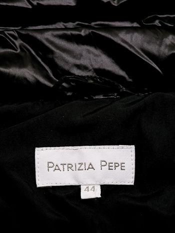 PATRIZIA PEPE Czarna kurtka z futrzanym wykończeniem rękawów                                  zdj.                                  4