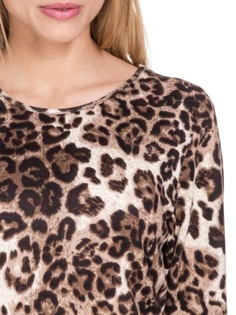 Panterkowy klasyczny sweterek z luźnym rękawkiem 3/4                                  zdj.                                  5
